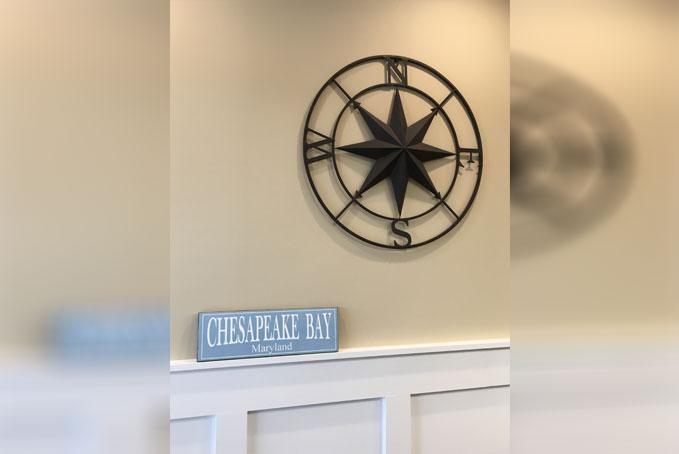 chesapeake-bay-and-compass-wall
